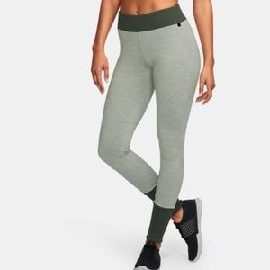 UNDER ARMOUR heather gray LEGGINGS small